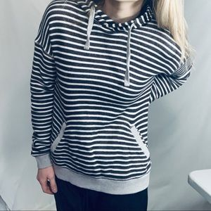 Roxy black/white striped hoodie sweatshirt